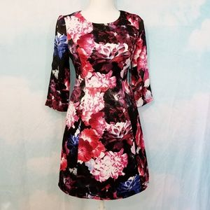 Vince Camuto Floral 3/4 Sleeve Crew Neck Dress  4P